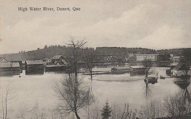 Maniwaki -- Inondation, vers 1910 / Flood, vers 1910