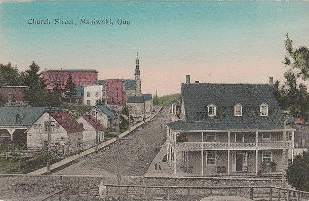 Maniwaki -- Rue Church, vers 1910 / Church Street, c.1910