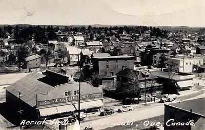 Maniwaki -- Le village, vers 1950 / The village, c.1950