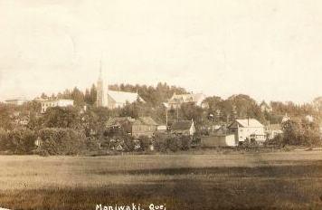 Maniwaki -- Le village / The village