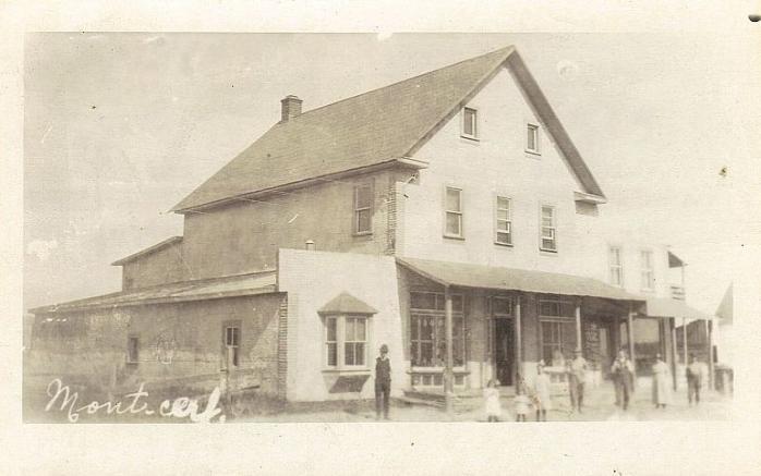 Magasin général / General store, Montcerf