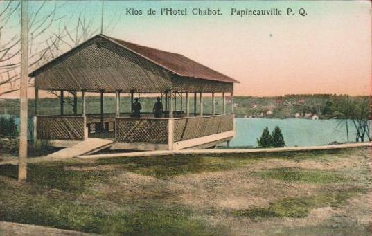 Papineauville -- Kiosque de l'Hôtel Chabot