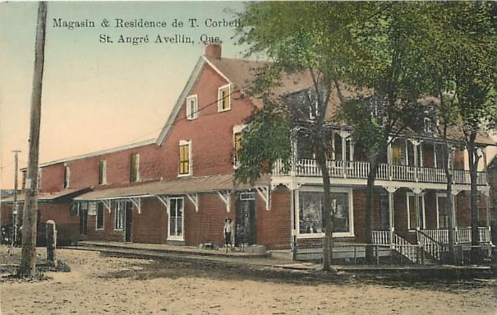 Magasin et résidence de T. Corbeil, Saint-André-Avellin, vers. 1910 / Corbeil residence and store, Saint-André-Avellin, c.1910