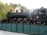 larger_4._train_engine_on_turntable.jpg